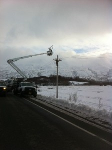 KEA Lineman Working to Restore Power in Middle Bay