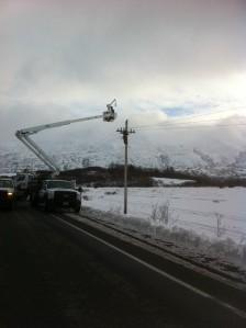 KEA Lineman Working to Restore Power in Middle Bay